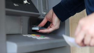 Külföldről csapoltak meg magyar bankszámlákat