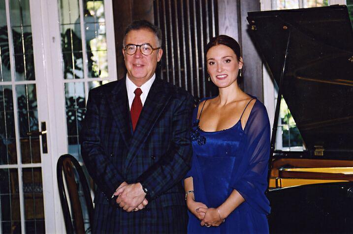 Megyesi Schwartz Lúcia és Walter C. Moore