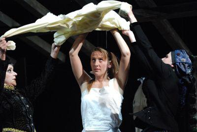 Móricz 2009 - Annuska - Széles Zita (Móricz Zsigmond Színház - fotó: Karádi Zsolt)