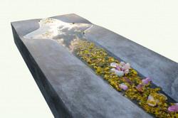 SEEYOU sírkő