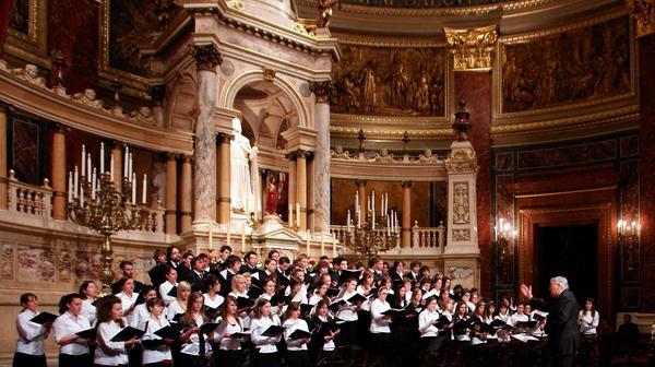 A Bartók Konzervatórium ünnepi koncertje a Nemzeti Zenede megalapításának 170. évfordulójánVez.: Ugrin Gábor