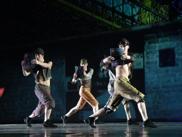 tunde@csongor.hu - Móricz Zsigmond Színház