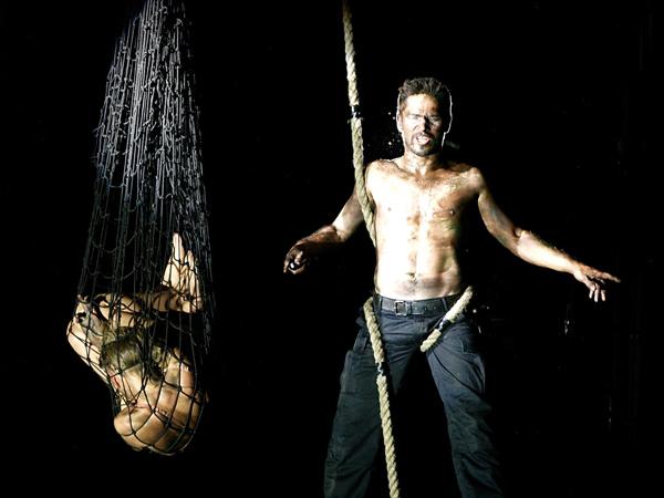 Othello - Béres Márta, Nagy Zsolt (Vígszínház - fotó: SzoFi)