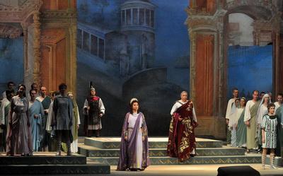 Titus kegyelme - Májusünnep