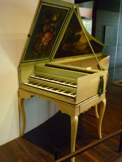 MIM, klavicsembalóMusical Instruments Museum of Brussels (MIM)