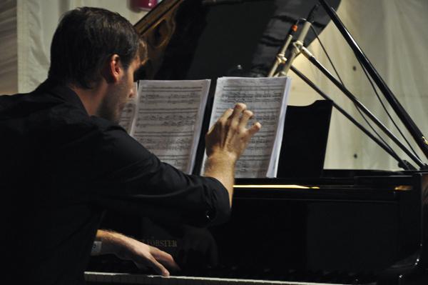 Belga és spanyol muzsikusok triója