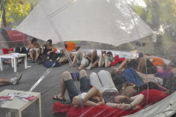 ArtÚr, a Bálna - Trafó sátor