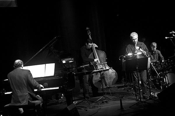 Oláh Kálmán, Szandai Mátyás, Perico Sambeat, Marc Miralta kvartettje fotó Pawel Karnowski