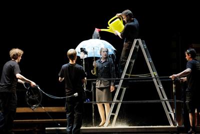 Az óra, amikor semmit sem tudtunk egymásról (Schauspielhaus Graz - fotó: Peter Mamminger)