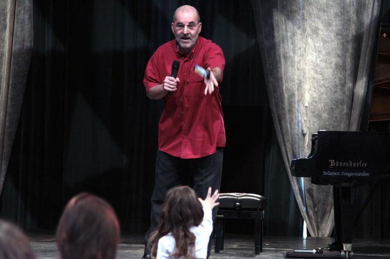 Csoki koncert 2010. március 21.  (Fotó: Halász Nóra, forrás: www.erkel-mahler.hu)