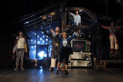A padlás (Vígszínház - fotó: Szilágyi Lóránd)