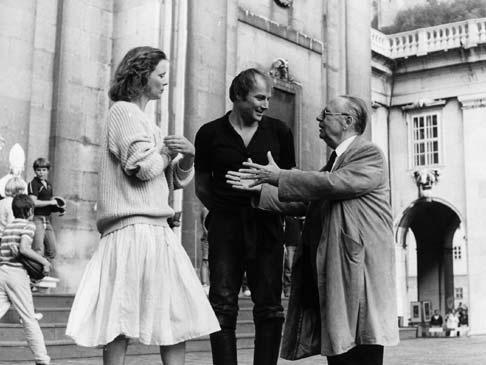 Klaus Maria Brandauer, az új Akárki, Marthe Kellerrel és Ernst Haeussermannal 1983-ban