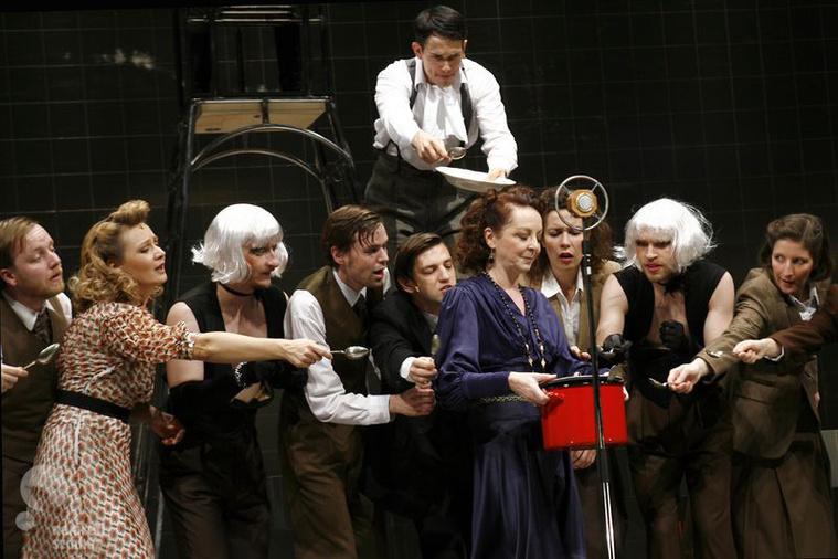 Magyar ünnep (Nemzeti Színház - fotó: Gordon Eszter)