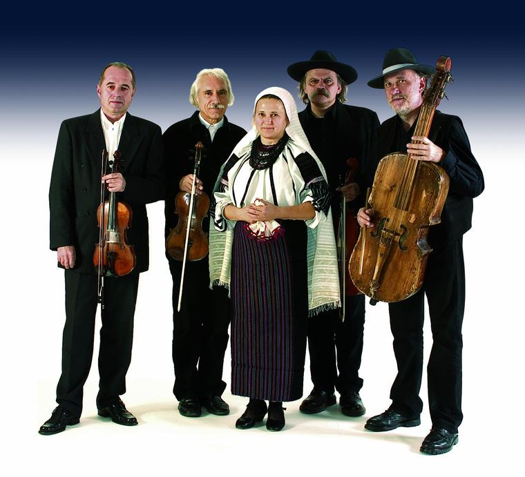 A Muzsikás együttes Petrás Máriával - Fotó Klebercz Gábor