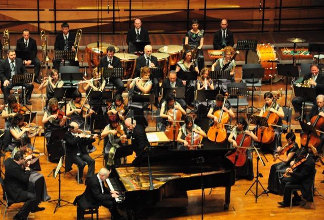 Jandó Jenő is pécsi - Liszt: Magyar fantáziájának szólóját játszotta (Fotó: Végh Dániel)