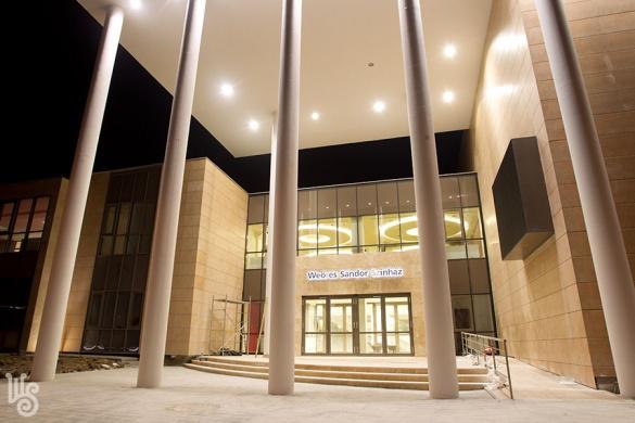 A Weöres Sándor Színház új épülete