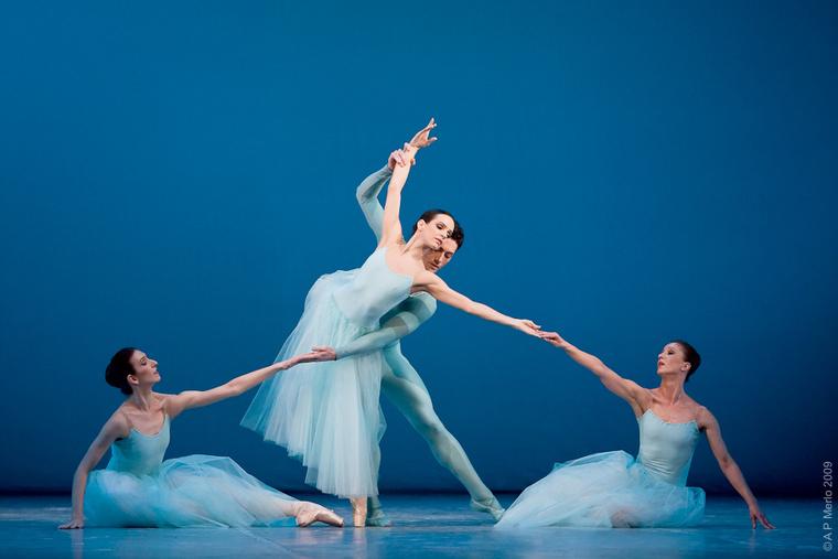 Balanchine: Szerenád - Magyar Nemzeti Balett