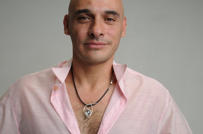 Roberto Galván