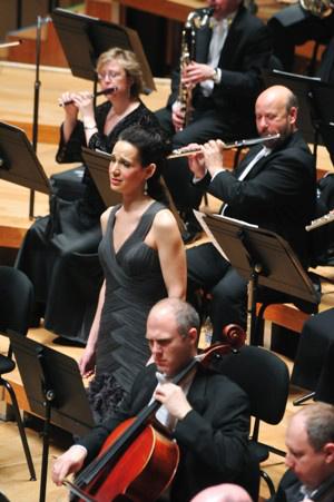 Kelley O'Connor a Gustavo Dudamel vezényelte Los Angeles-i Filharmonikusokkal2011.02.02. Bartók Béla Nemzeti Hangversenyterem