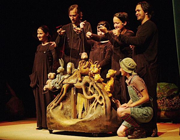Róbert Gida és barátai (Kolibri Gyermek- és Ifjúsági Színház - fotó: SzoFi)