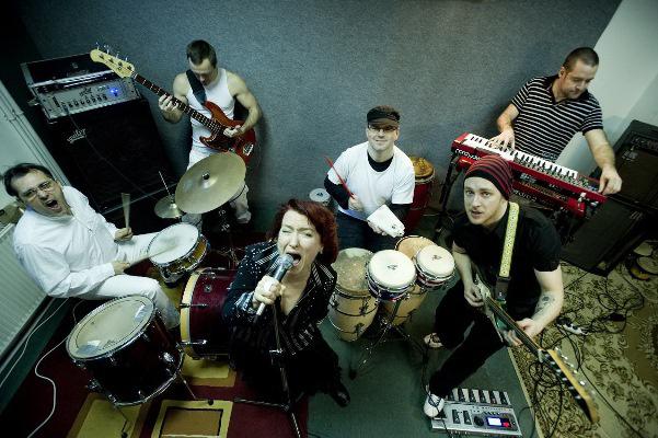 Erik Sumo Band feat Kiss Erzsi