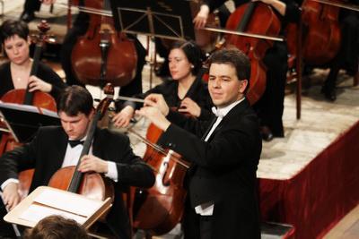 Horváth Gábor és a Gödöllői Szimfonikus Zenekar