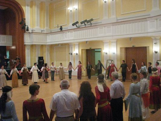 Historikus táncház Széll Rita vezetésével