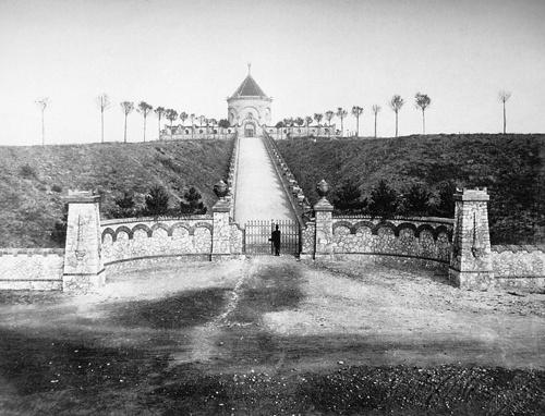 A Zsolnay-mauzóleum az 1900-as évek elején