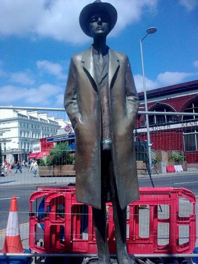 Varga Imre londoni Bartók-szobrának visszaállítása