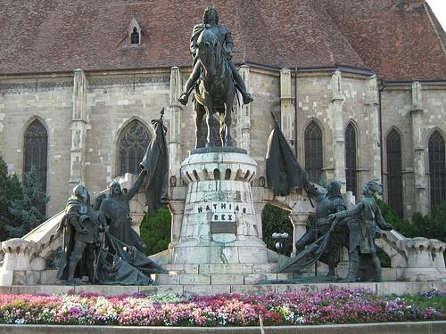 Mátyás király szoborcsoport Kolozsvár