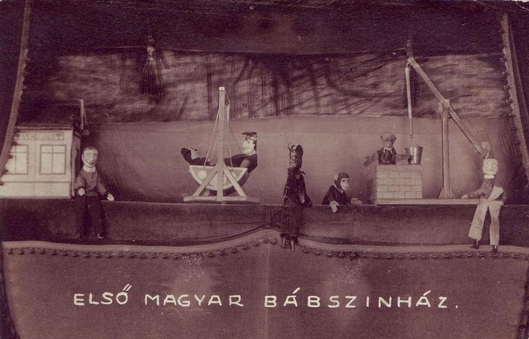 Bóbita Bábszínház - múzeum