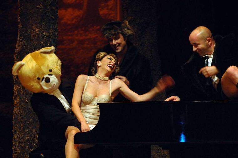 Leda - Vendégjáték az Új Színházban