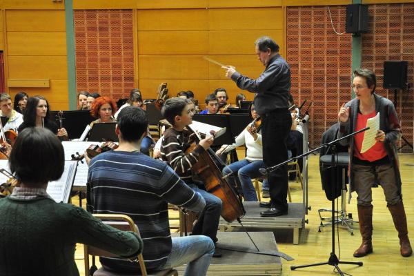Antók Zsuzsanna, Devich Gergely és a Zuglói Filharmónia, vezényel Záborszky Kálmán