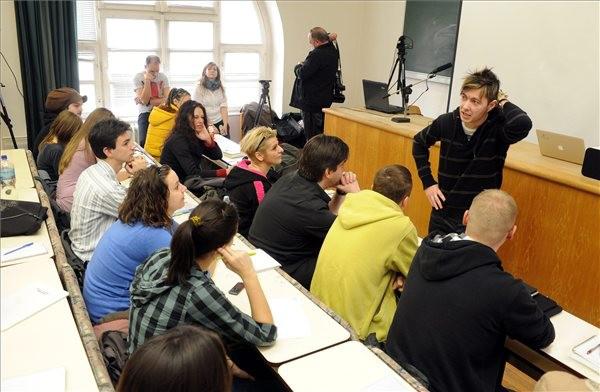 Zenélő Egyetem - fotó: Kálmándy Ferenc (MTI)