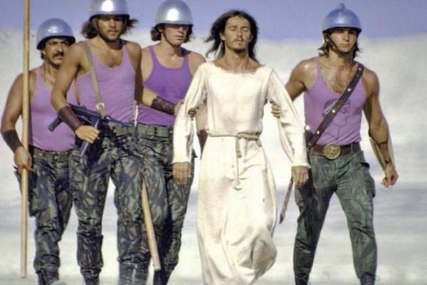 részlet a Jézus Krisztus Szupersztár filmváltozatából (rendező: Norman Jewison)