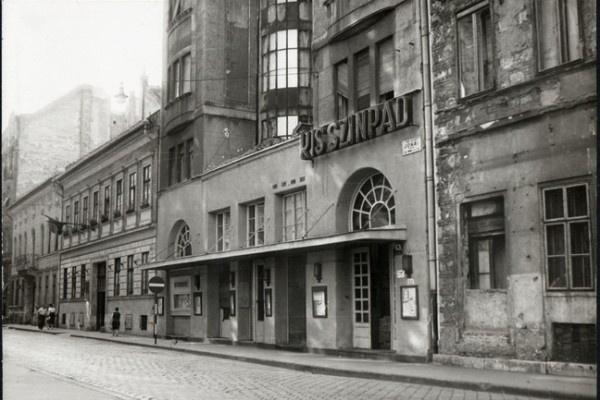 A Kolibri Színház régi épülete