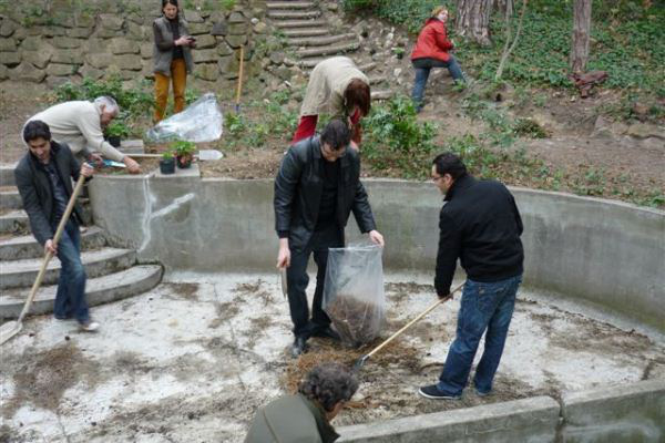 Az elfeledett Dohnányi-kertben járt a Zeneakadémia kis csapata