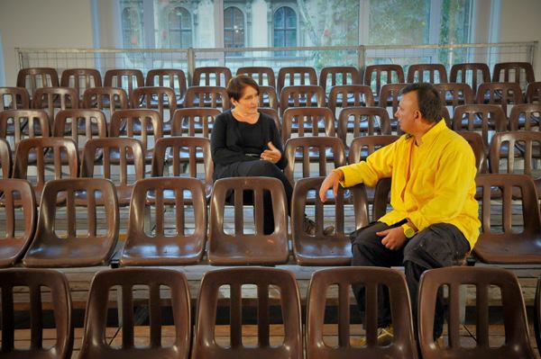 Németh Ilona: Dilemma (Ernst Múzeum) -  Lábjegyzet, videó, 31 min, 2011