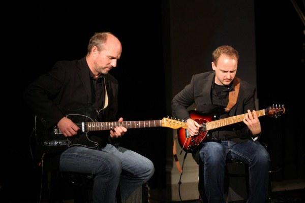 Juhász Gábor és Gyémánt Bálint a 2010-es AEGON-díj átadóján