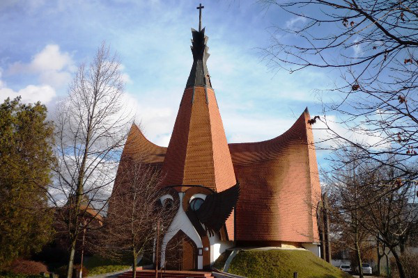 Siófoki Makovecz templom