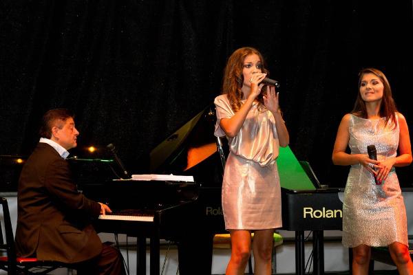 Nyári Károly, Nyári Edit és Nyári Aliz (2012.08.13)