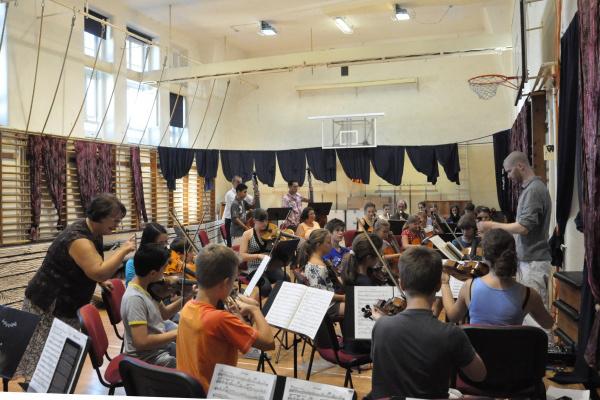 Noé bárkája - zenekari próba a Deák Diák iskolában 2012. augusztus 13-án