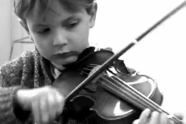 zürichi gyerekek, hegedű, illusztráció, kottaállvány