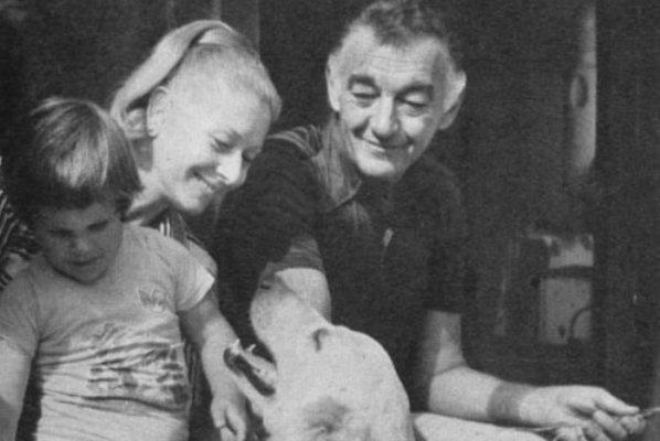 Gombos Katalin családja körében