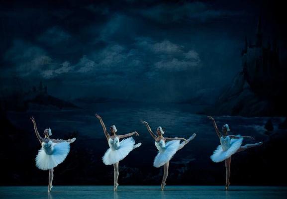 Hattyúk tava - Szentpétervári Fesztivál Balett
