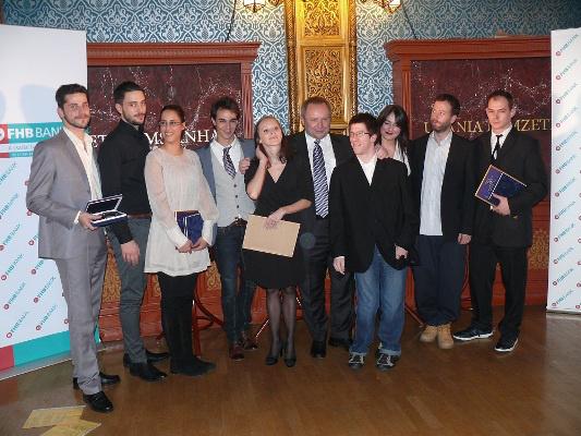 Junior Prima díjazottjai Dr. Spéder Zoltán társaságában