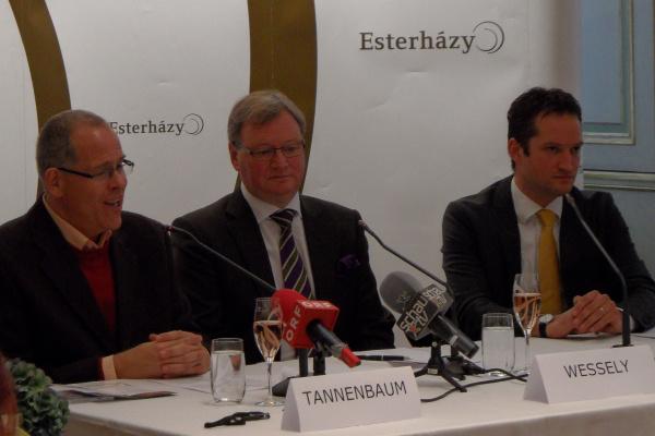 Az Esterházy Magánalapítvány sajtótájékoztatója 2012. november 21-én