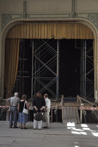 Bejárás a Zeneakadémia Liszt Ferenc téri palotájában 2012. augusztus 2-ánKészül a Kisterem.