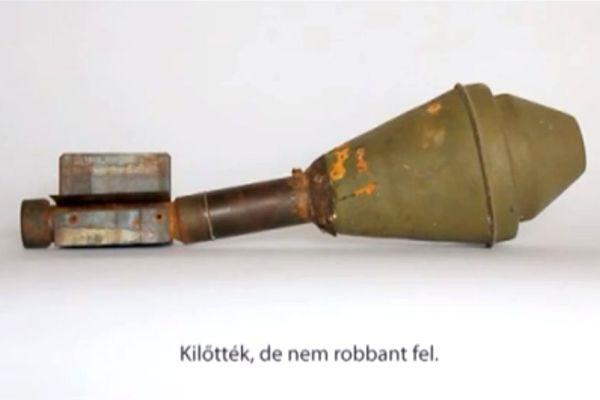 Asztalos Zsolt: Kilőtték, de nem robant fel - forrás: Youtube (55. Velencei Biennálé)