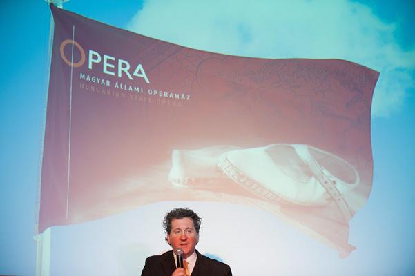 Ókovács Szilveszter az Operaház 2013. január 22-i sajtótájékoztatóján